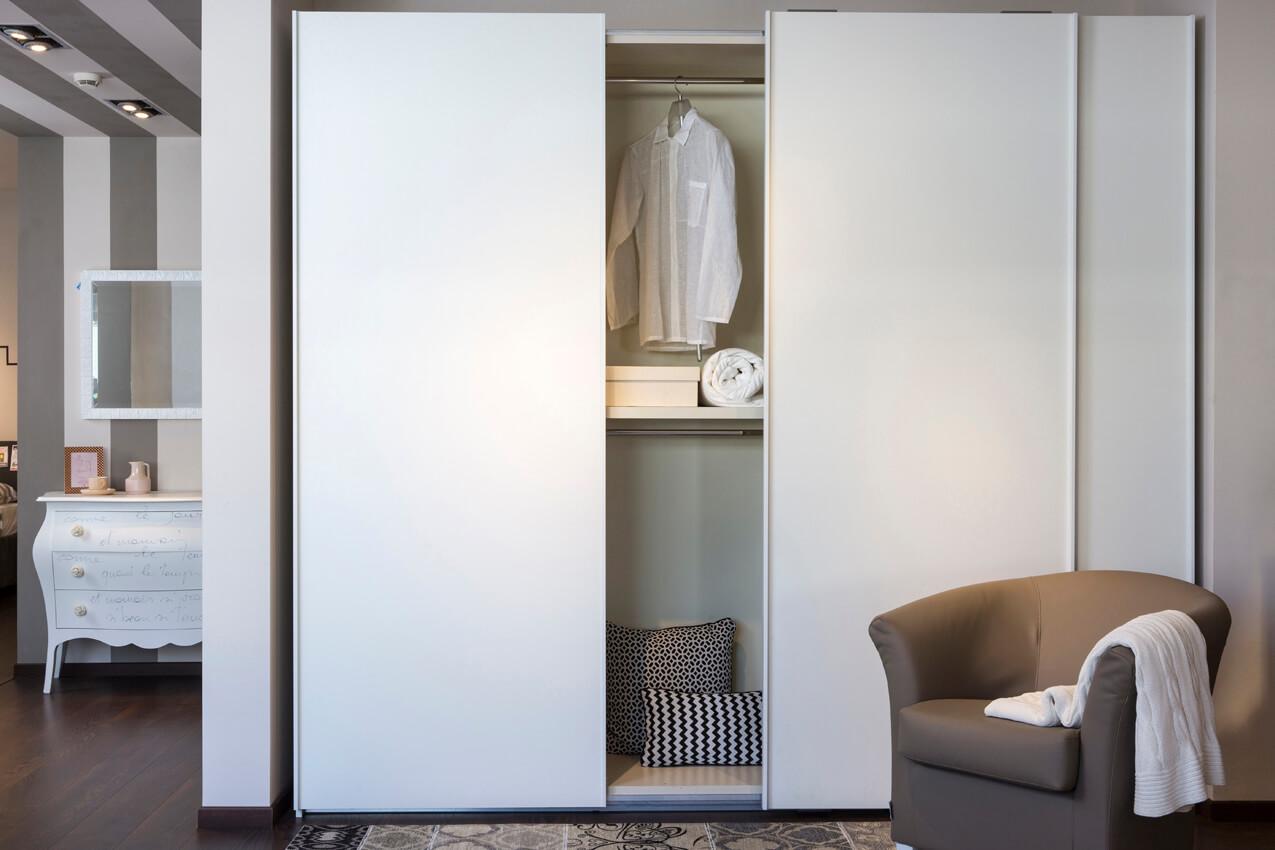 Roll armadio scorrevole lusso accessibile arreda la notte - Profondita armadio scorrevole ...